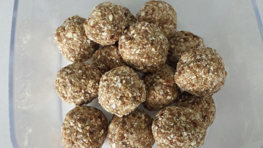 Carla's Insanely Yummy ProteinBalls